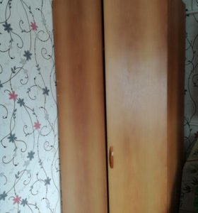 Продаю угловой шкаф угол 70×70
