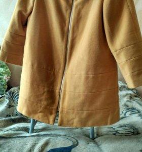 Пальто классическое.