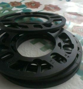 Проставки под колесные диски 4*100 5 мм