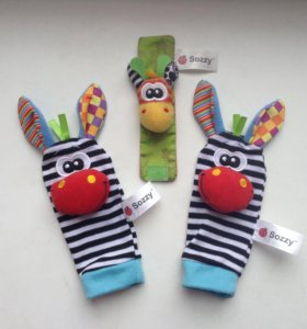 Носочки-погремушки, браслет-погремушка