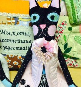 Текстильная интерьерная кукла- кошка.