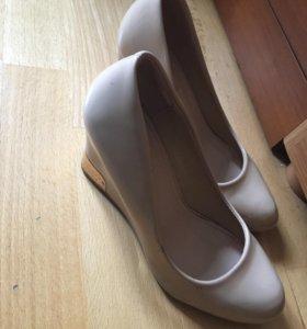 Туфли бежевые😻👠