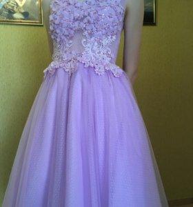 Платье праздничное новое