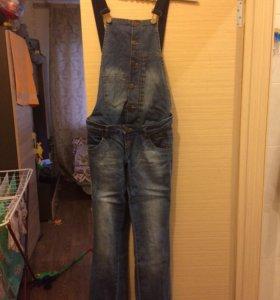 Комбинезон для беременой джинсовый