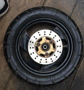 Продам переднее колесо на ямаху 10-го радиуса