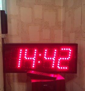 Часы настенные !!!