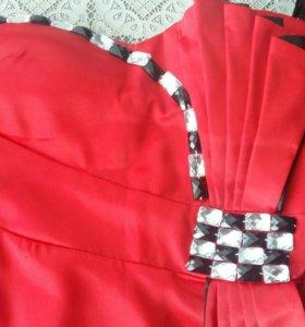Красное платье (мини)