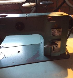 Швейная машина производственная