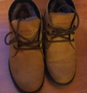 Ботинки зимним новые