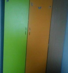 Шкафы и кровать