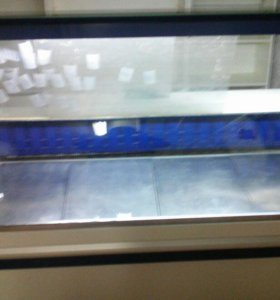 Холодильник витрина.