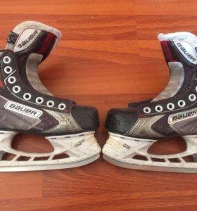 Коньки хоккейные BAUER VAPOR X60 размер 1,5