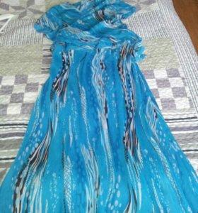 Платье с накидкой. Новое.. Размер 48-50