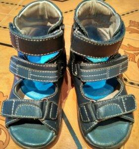 Ортопедическая обувь 22 ,23р-р