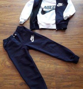 Спортивный костюм 3-ка