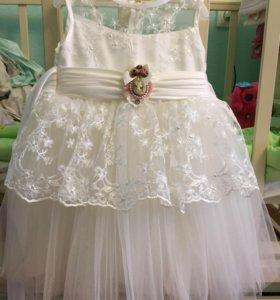 Платье для девочки праздничное на годик