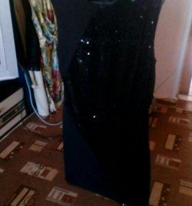 Маленькое черное платье с палетками