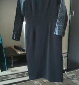 Платье жен 42 р