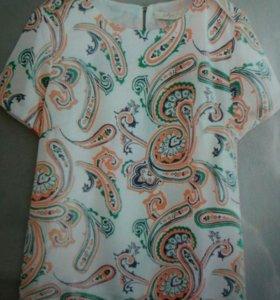 Блузка симпатичная. Как на фото