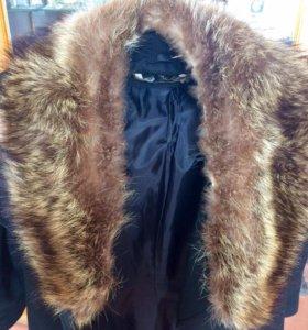 Пальто мужское + воротник натур.мех енота(Италия)