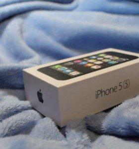 Apple iPhone 5S.  (Торг уместен)