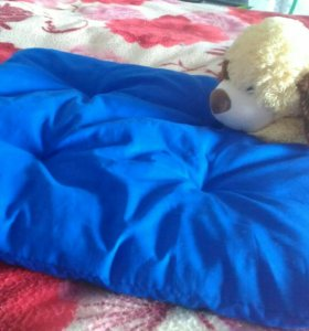 Лежанка-подушка