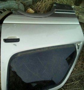 Передние двери и боковые стекла хайс 3L 4wd