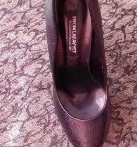 Туфли новые 35 размер