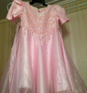 Платье на 5- 6-7 лет