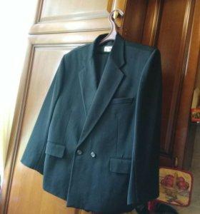 Брендовый костюм тройка SHUANG BEN   42-44.