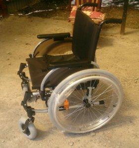 Новое инвалидное кресло-коляска Otto Bock