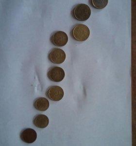Монеты евро.