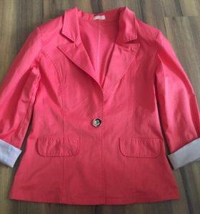 Пиджак розовый с морским принтом