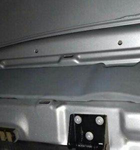 Обшивка ниши заднего фонаря LDV Maxus 572140143