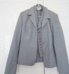 Пиджак и жилетка