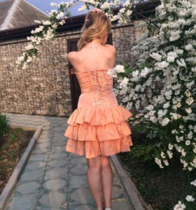 Персиковое платье !!😍🌸