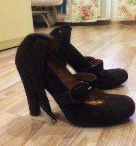 Туфли замшевые Stella Marzetti