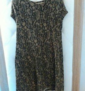 Платье свободного кроя Zara, расцветка под питона