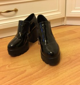 Лакированные ботиночки