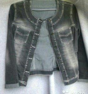 Женская джинсовая курточка, рр. М
