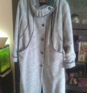 Пальто женское размер 60