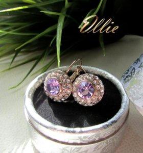 Серьги с светло-фиолетовым камнем круглой формы