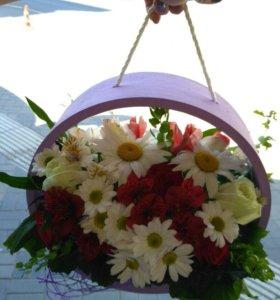 Цветы, деревянное кашпо