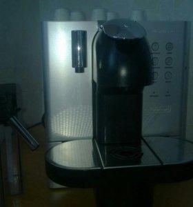Кофемашина Delonghi Nespresso EN 720m