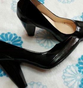 туфли женские р 36 (35)