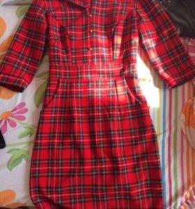 Красное модное платье