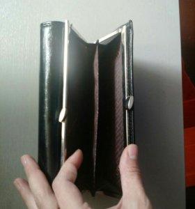 Продам новый кошелек