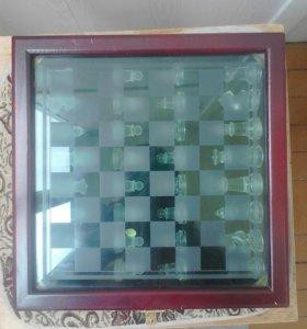 Продам шахматы стеклянные матовые и прозрачные!