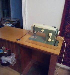 Швейная машинка veritas. Срочно!!