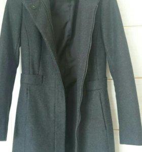 Новое пальто Zara шерстяное,р. XS